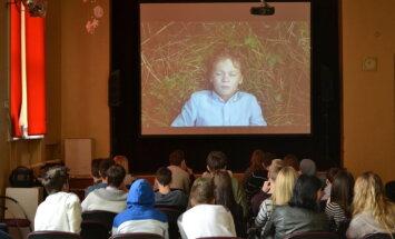 Kinofestivāls '2Annas' Latvijas skolās rīkos īsfilmu seansus un darbnīcas