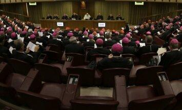 Станкевич о дебатах в Ватикане: революции не будет, гомосексуализм не является нормой
