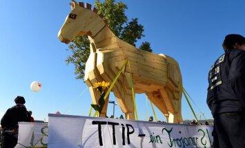 Pirms Obamas vizītes Vācijā plāno milzu protestus pret brīvās tirdzniecības līgumu