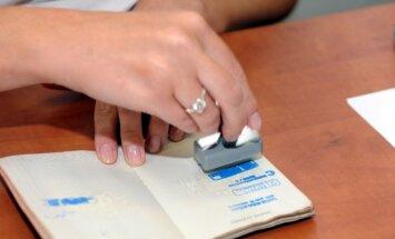 Līdz 2015.gadam likumu ierosinātājiem pašiem būs jāsavāc 50 tūkstoši parakstu