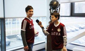 Divi Latvijas jaunieši brauks uz Konfederāciju kausu pie futbola superzvaigznēm