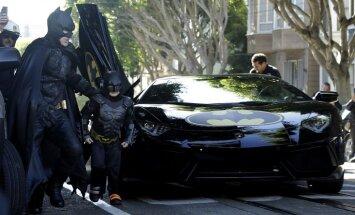 Piepildot ar leikēmiju slima puisēna sapni, Sanfrancisko pārvēršas par Betmena pilsētu