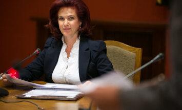 """Аболтиня заверила, что """"Единство"""" поддержит кандидатуру Чакши"""
