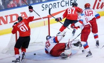 Video: Kanādas hokejisti uzvar Krieviju un iekļūst Pasaules kausa finālā
