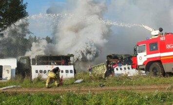 Kliedzieni, dūmi un cietušie - lidostā 'Rīga' notiek ārkārtas situācijas mācības