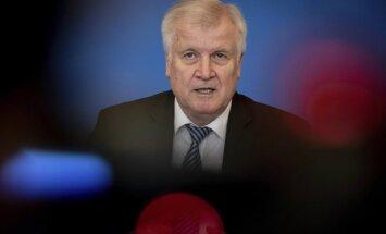 Zēhofers nāk klajā ar jauno 'migrācijas ģenerālplānu'