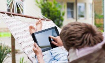 Viena diena bez TV un planšetēm sabiedrībā pazīstamu cilvēku mājās