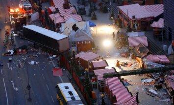 Aizdomās par Berlīnes uzbrukumu azturēts pakistānis