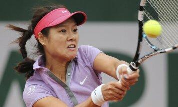 Na Li pievienojas Vavrinkam sensacionālo zaudētāju sarakstā un izstājas no 'French Open'