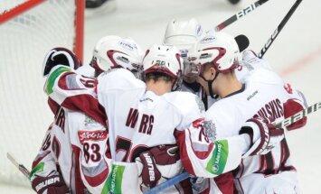 Rīgas 'Dinamo' izcīna trešo uzvaru pēc kārtas