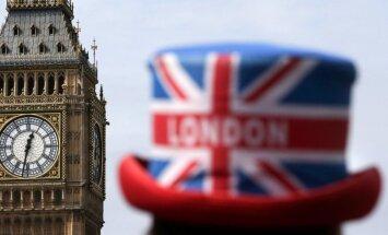 За два года гражданство Великобритании получили почти 900 латвийцев