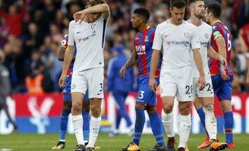 Čempione 'Chelsea' negaidīti zaudē premjerlīgas pastarītei