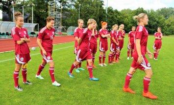 Latvijas sieviešu futbola izlases treneris Matīss redz spēlētāju izaugsmi