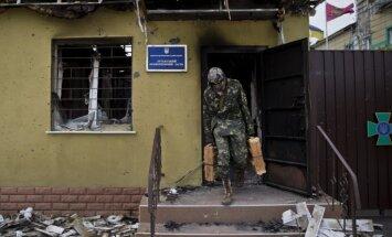 Luhanskā pasažieru autobuss iekļūst apšaudē; ir upuri