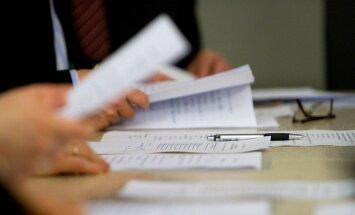FM jāmeklē kompromiss ar EK par nodokļu reformu, vērtē koalīcija