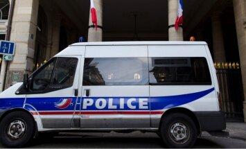 Francijā pastiprinās drošību skolās