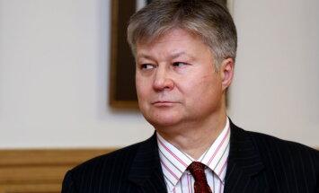 Diplomāts: dialogs ar Krieviju nevienu mirkli nav ticis pārtraukts