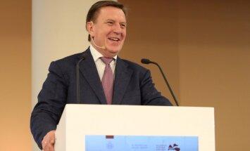 Кучинскис о русских школах: в Латвии появится больше иностранцев, мы должны укрепить позиции латышского языка