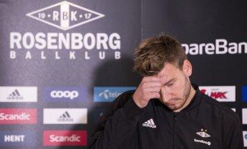 Dānijas izlases futbolists Bendtners apsūdzēts par sišanu taksometra vadītājam