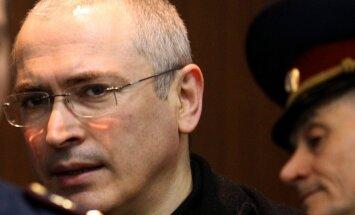 Hodorkovskis Berlīnē gaida tikšanos ar vecākiem
