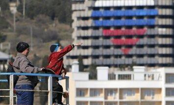 Krievijas pases saņēmušie Krimas iedzīvotāji uz ārvalstīm netiks