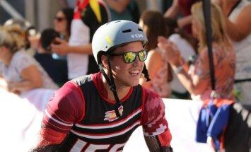 Miks Zvejnieks izcīna pasaules čempionāta bronzu skrituļslalomā