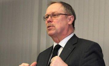 Antonova vietā par VARAM valsts sekretāru grib KM amatpersonu Puķīti
