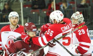 Rīgas 'Dinamo' ar 'sauso' uzvaru pirmo reizi sezonā gūst otro panākumu pēc kārtas