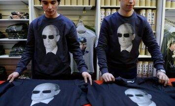 Putina personības kults iegūst sirreālu formu, atzīmē ārvalstu prese