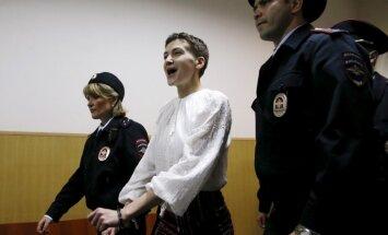 Advokāts: Savčenko straujās novājēšanas dēļ hospitalizēs
