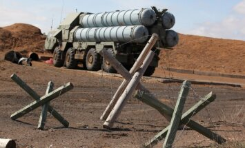 Laikraksts: Krievija nav Sīrijai piegādājusi raķešu kompleksus 'S-300'