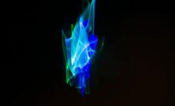 Briseles BOZAR izstādīts Voldemāra Johansona darbs 'Oscillations'