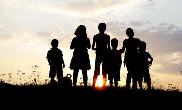 Palielina pabalstu par ceturto un nākamajiem bērniem