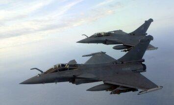 Krievijas lidmašīnu aktivitāte Baltijas valstu gaisa telpas tuvumā ir mazinājusies, paziņo Lietuva