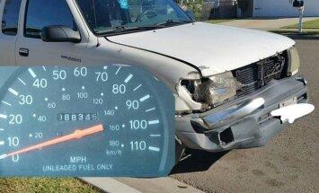 'Toyota' pikaps ar 1,6 miljonu nobraukumu bez tehniskām problēmām