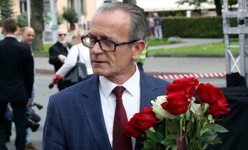 БПБК оштрафовал министра Расначса на 250 евро за скандал с перевозкой шкафа