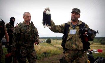 Trīs gadi kopš 'MH17' notriekšanas; Kremlis turpina atgaiņāties