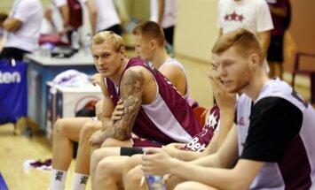 Latvijas basketbola izlase PK atlasē spēlēs ar Bertāniem, Strēlnieku un Timmu