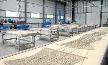 Foto: Investējot 1,7 miljonus eiro, Ventspilī atklāj 'Wasserkabel Baltic' rūpnīcu