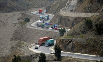 Pakistāna un Afganistāna kopīgi uzbruks džihādistu slēptuvēm pierobežas kalnos