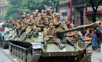 200 000 karavīru un degoši tanki: Pirms 50 gadiem PSRS apspieda Prāgas pavasari
