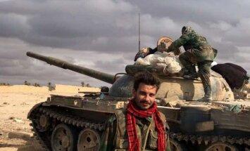 Sīrijas armija pārrāvusi aplenkumu ap Deir ez Zoras militāro lidlauku
