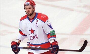 Radulova lieliskais sniegums palīdz CSKA gūt pārliecinošu uzvaru pirmajā Rietumu konferences finālspēlē