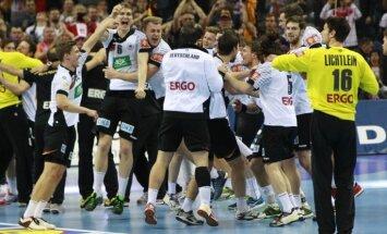 Vācijas handbolisti pēc 12 gadu pārtraukuma triumfē Eiropas čempionātā