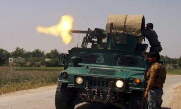 'Taliban' kaujinieki no trīs pusēm uzbrūk Kondozai