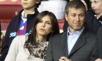 Роман Абрамович и Дарья Жукова объявили о расставании