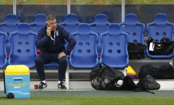 Pēc laikraksta publikācijas Elerdaiss atkāpjas no Anglijas futbola izlases galvenā trenera amata