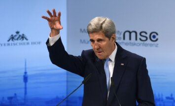 Керри предостерег Трампа от отмены антироссийских санкций