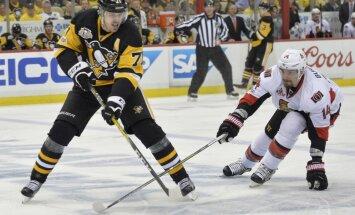 Ottawa Senators Alex Burrows vs Pittsburgh Penguins Evgeni Malkin