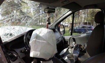 Pirmdien ceļu satiksmes negadījumos cietuši 17 cilvēki